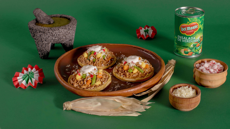Sopes de picadillo Del Monte®